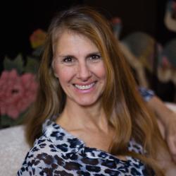 Debbie Norris